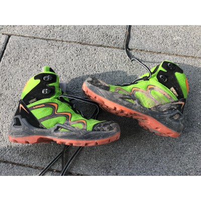 Image 2 from Verena of Lowa - Innox GTX Mid Junior - Walking boots