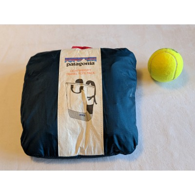Image 2 from Jules of Patagonia - Lightweight Travel Tote Pack 22L - Travel backpack
