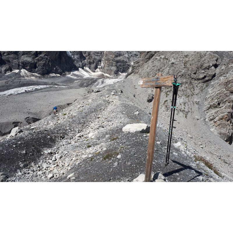 Image 1 from Elizabeth/  of Leki - Women's Micro Vario Carbon AS SL2 - Walking poles