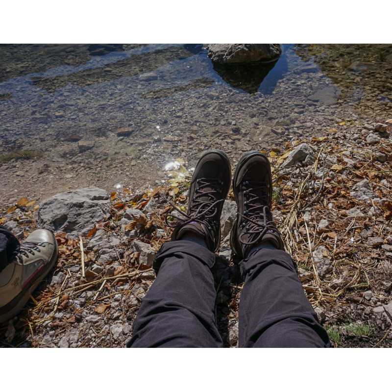 Image 1 from Sina of Lowa - Women's Renegade GTX Mid - Walking boots