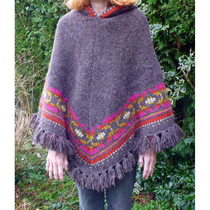 Image 3 from Karen of Sherpa - Women's Samchi Poncho - Wool jacket